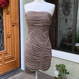 ARK & CO Tube Dress Mocha. Size M. NWT